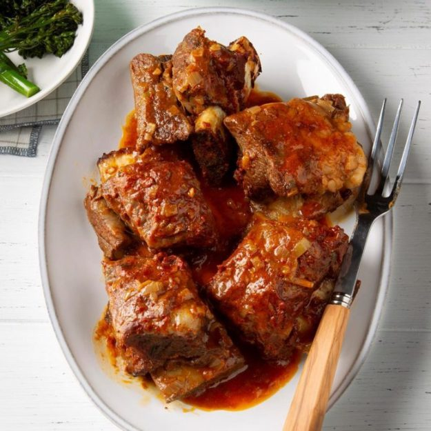 Pressure-Cooker Spiced Short Ribs