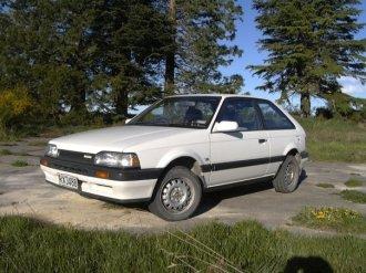 007 - Mazda Famila
