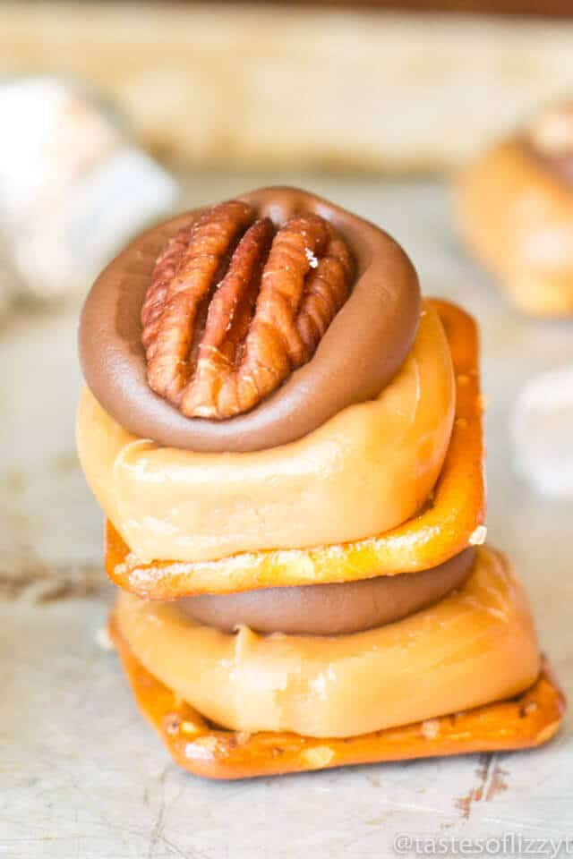 caramel-pretzel-turtles-easy-candy-recipe