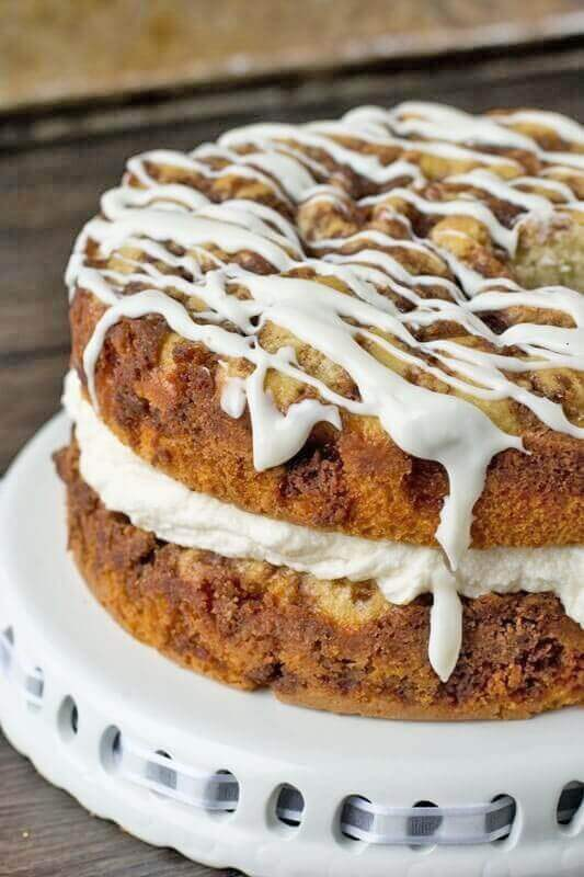 Layered Coffee Cake with Cinnamon and Glaze