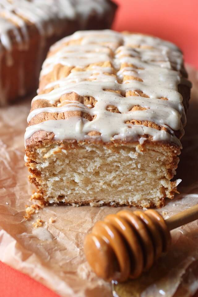 Extremely moist with flecks of vanilla bean and prevalent honey notes, these Mini Cream Cheese Honey Vanilla Pound Cakes are perfect for snacking and even holiday gift giving!