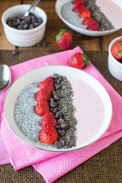 Strawberry Chia Seed Smoothie Bowl