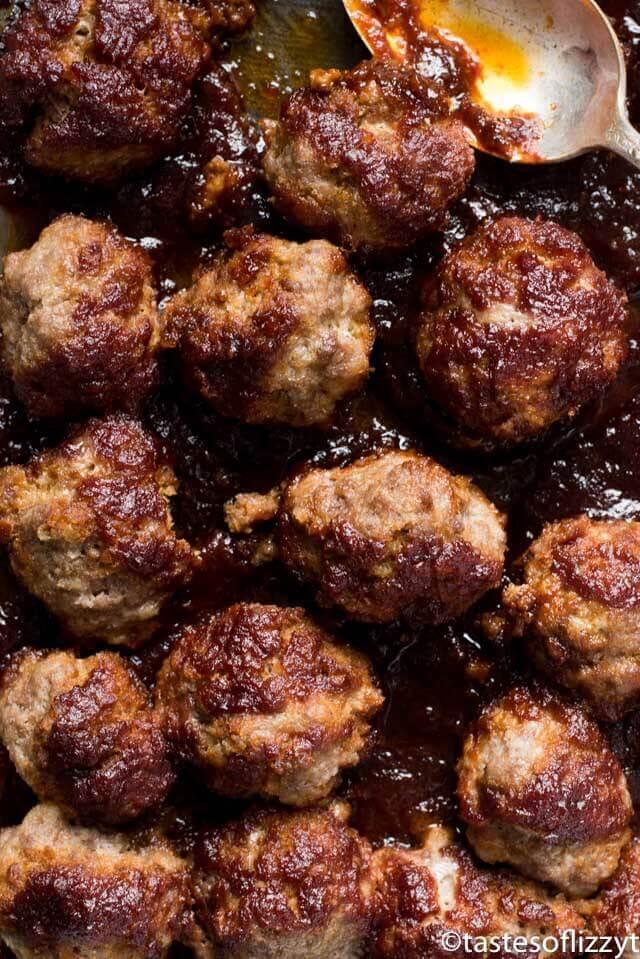 Grandma's meatballs (homemade sweet and tangy meatballs)