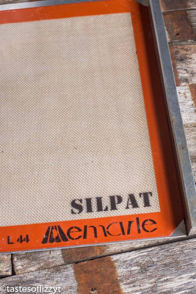 silpat baking sheet for making cookies