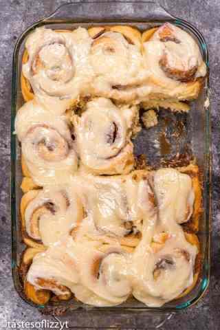 how to make gooey cinnamon rolls