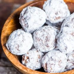 bourbon balls christmas recipe