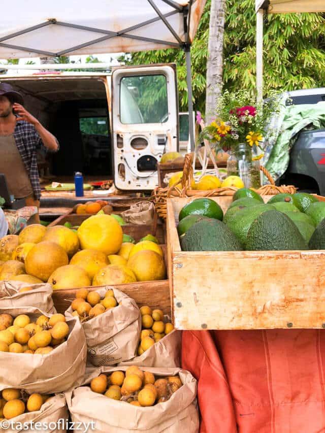 farmers market in kauai