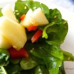 Tasting Good Naturally : Salade d'épinards aux pommes et poivrons et jus d'orange #vegan