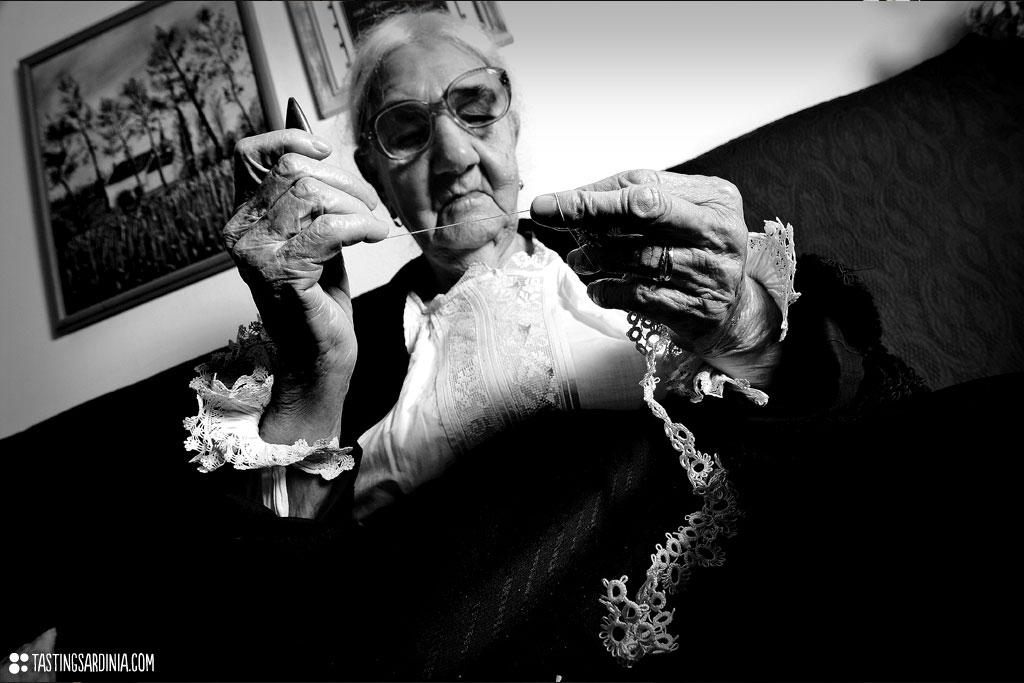 centenarian knitting