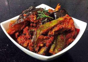 IMG_8383-2-300x212 Brinjal/Eggplant masala