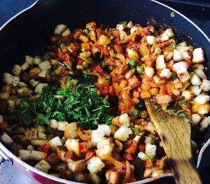 IMG_9389-300x263 Indian Panzanella salad/Bread upma