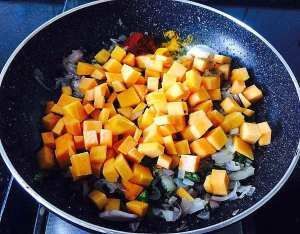 IMG_0020-300x234 Stir Fried Red Pumpkin/Red Pumpkin Poriyal