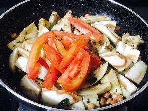 IMG_9726-300x225 Eggplant (Brinjal) Peanut Curry