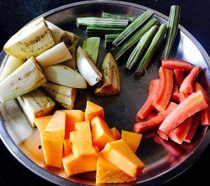 IMG_9785-300x266 South Indian Mixed Vegetable Sambar