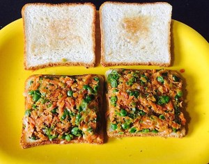 IMG_0418-300x236 Carrot and Green Peas Sandwich