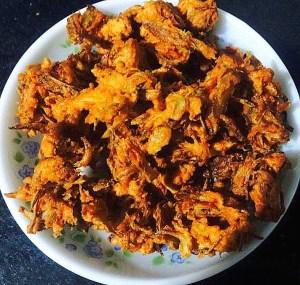 IMG_0067-300x285 Onion Fritters/Onion Pakora/Kanda Bhajia