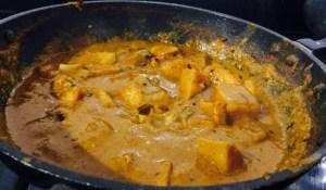 IMG_3392-300x175 Elephant Yam in burnt gravy/Senai Ulli Theeyal