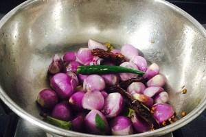 IMG_3505-300x200 Shallot Sambar/Chinna Vengaya Sambar/Small Onion Sambar