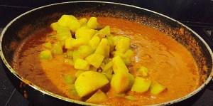 IMG_4081-300x149 Aloo Lauki Subzi/Potato Bottle Gourd Gravy