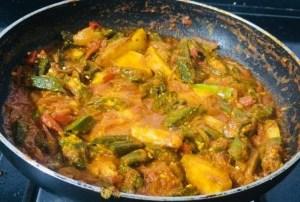 IMG_7561-300x202 Aloo Bhindi Masala / Okra Potato Curry