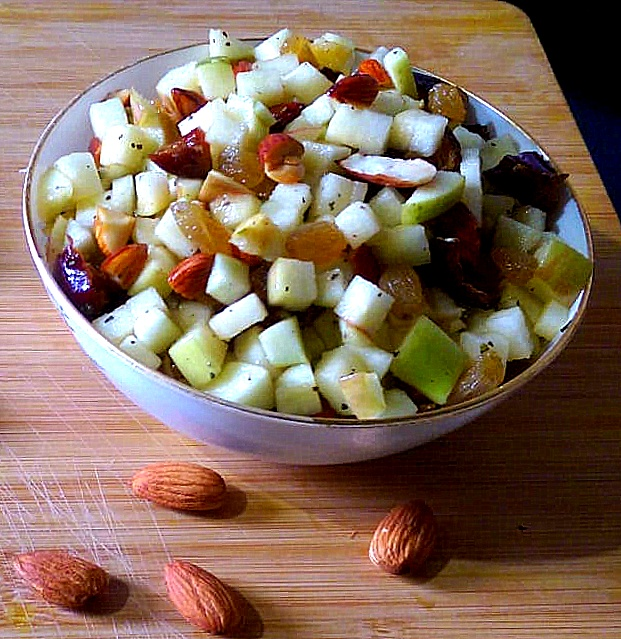 Apple and Almond Salad | Tasty Delightz