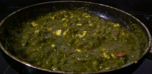 CVXD9281-300x146 Cottage Cheese and Green Peas in Spinach Gravy/Matar Paneer Hara Masala