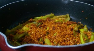 DEUQ6994-300x164 Spicy Egg Plant Dry Dish/Baingan Fry/Kathirikai Vadhakkal