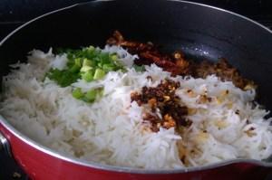 FXJT2872-300x199 Burnt Chilli Rice