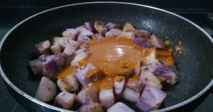 FXJX0854-300x159 Purple Yam Gravy/ Ratalu Tomato Gravy/Ratalu Kilangu Gravy