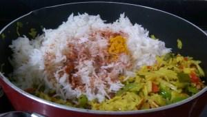 IKQZ2107-300x170 Cabbage and Capsicum Rice