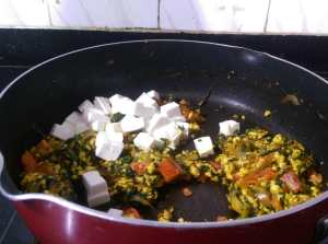 JULP7416-300x223 Spinach Rice with Cottage Cheese/Palak Paneer Pulav