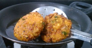 DLKW6907-300x157 Mixed Lentil Fritters/Thavalai Vadai