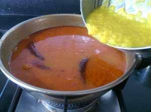 YIRR3266-300x223 Dried Turkey Berry in Lentil Gravy/Sundakkai Vathal Sambar