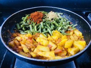 CVJH3885-300x225 Potato Cluster Beans Curry/Aloo Gawar Phalli Subzi