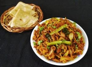 DXTD6708-300x218 Dry Onion Curry with Gram Flour/Besan Pyaaz Ki Subzi