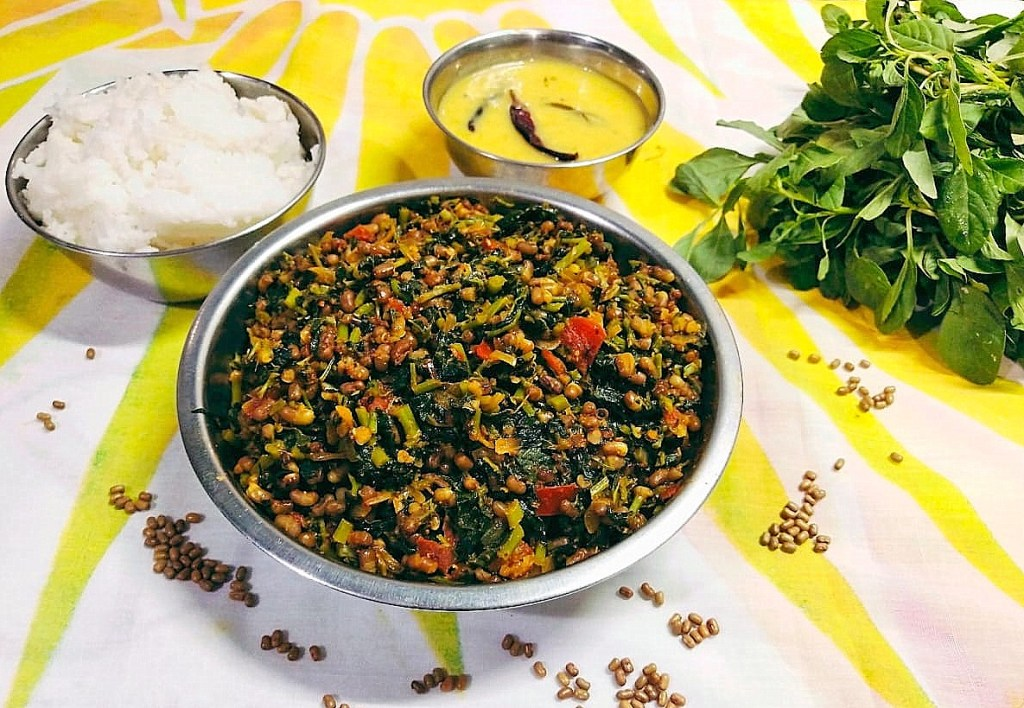 FQBX9823-1024x708 Moth Beans and Amaranth Leaves Stir Fry