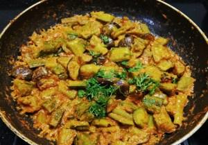 GKHW8749-300x209 Ridge Gourd and Brinjal Curry/ Thurai Baingan Ki Subzi