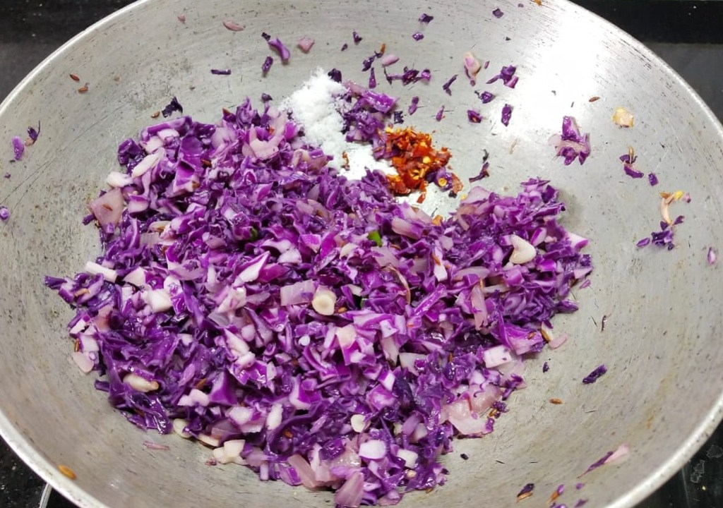 HHQD4186-1024x720 Purple Cabbage and Cottage Cheese Stir Fry