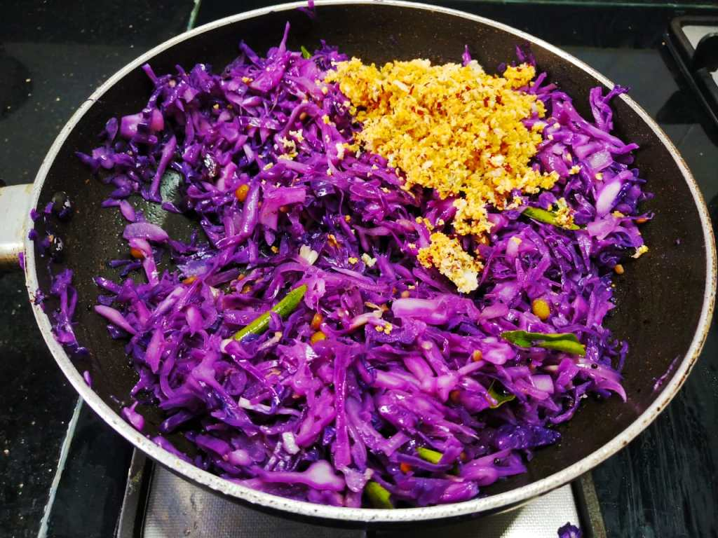 IHNF9562-1024x768 Karnataka Style Purple Cabbage Stir Fry/ Purple Cabbage Palya (Cabbage Poriyal)