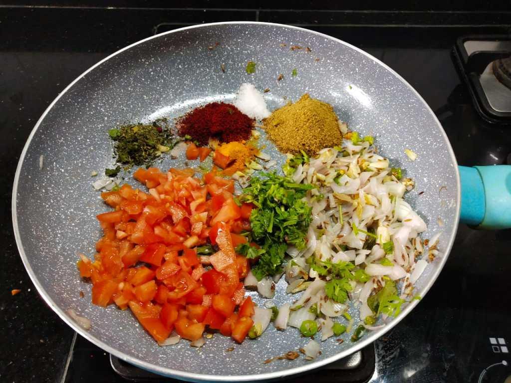 IVIY6376-1024x768 Soya Chunks Dry Masala/ Meal Maker Dry Masala