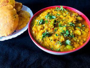 KUPN7835-300x225 Potato Masala for Poori and Chappati