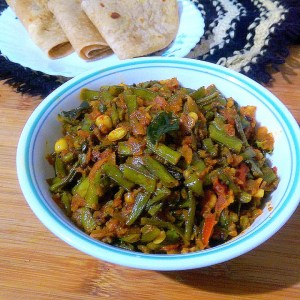LIML5178-300x300 Cluster Bean Peanut Curry / Kothavarangai Verkadali Curry/ Gawar Phalli Peanut Curry