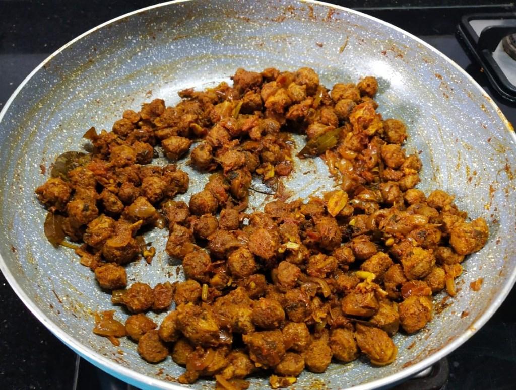 NYLY2162-1024x775 Soya Chunks Dry Masala/ Meal Maker Dry Masala