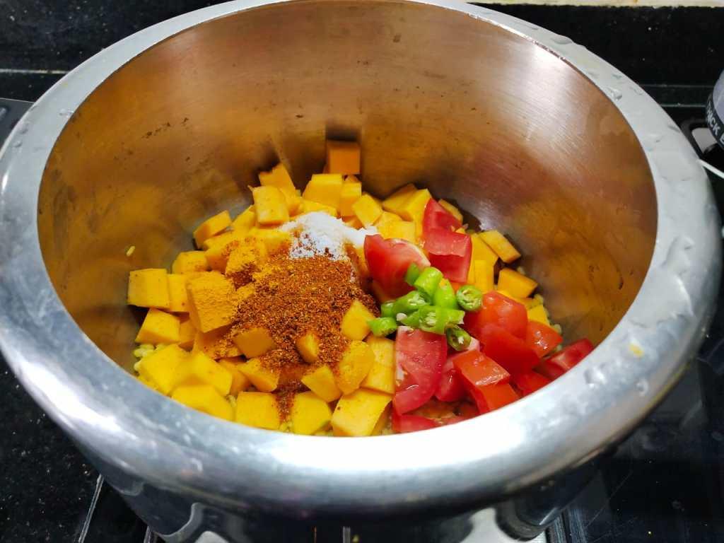 OHZI6137-1024x768 Pumpkin Curry/ Parangi (Poosani) Kai Kootu without Coconut