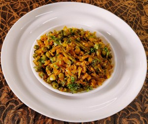 OIIT2873-300x251 Patta Gobi Nu Shaak / Cabbage with Peas
