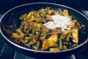 ONPM6929-300x202 Potato Cluster Beans Curry/Aloo Gawar Phalli Subzi