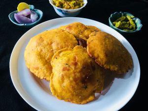 PEAU6034-300x225 Potato Poori/ Aloo Poori