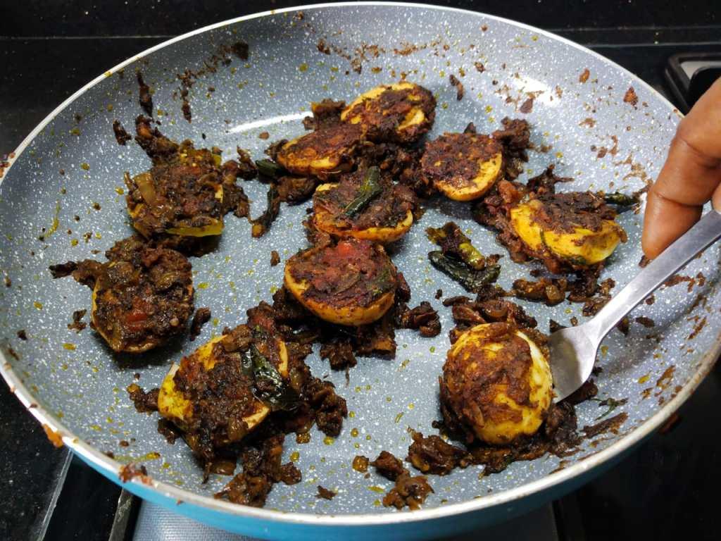 RJDL2580-1024x768 Chettinad Egg Pepper Fry / Chettinad Muttai Milagu Poriyal
