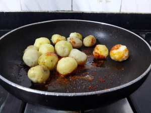 WCGR2677-300x225 Restaurant Style Punjabi Dum Aloo