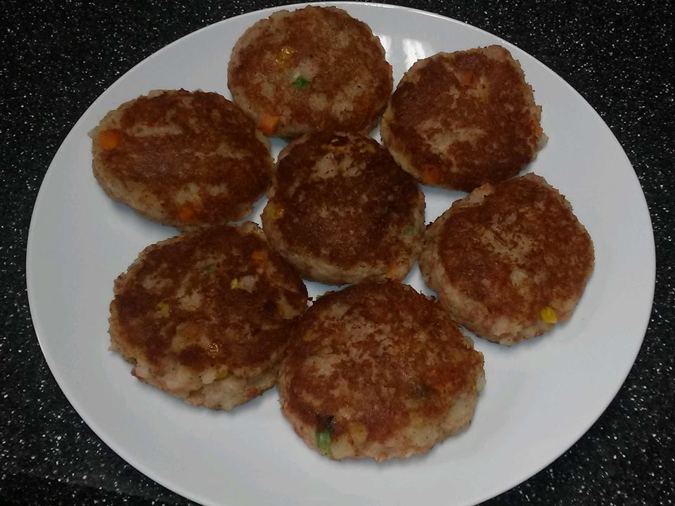 Canned Corned Beef Hash Cakes